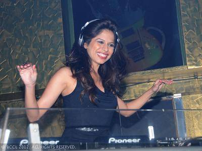 DJ Pearl Picture By: NavBharat Times