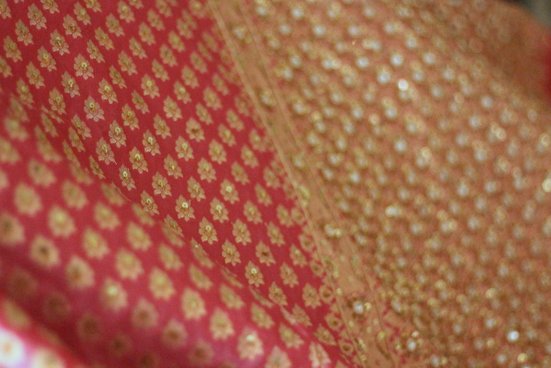 Hand embroidered Benarasi Saree Picture By: Midraar