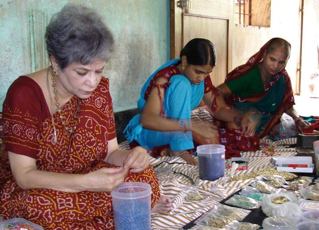 Laila Tyabji working with Tribeswomen Picture By: The Hindu BusinessLine