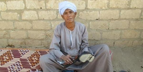 Woman who hid as a man for 40 years