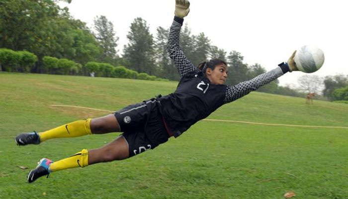 Aditi Chauhan Football : Picture by Zee