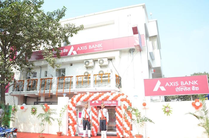 Axis Bank All Womens Branch