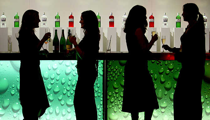 indian-women-are-drinking-more-than-they-ever-have:-survey