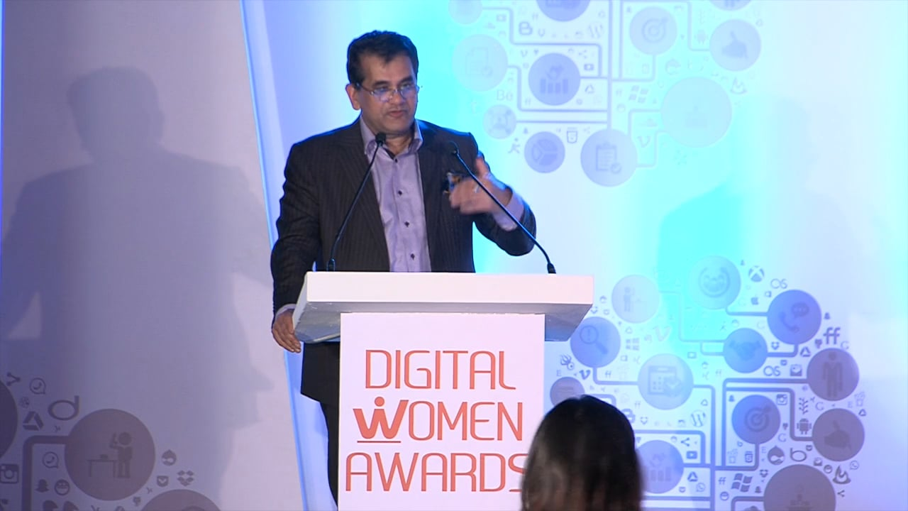 women-can-help-india-achieve-11-12%-growth:-amitabh-kant