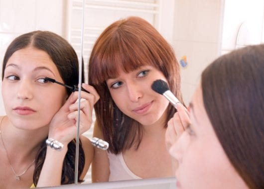 make-up-can-be-an-empowering-tool-for-young-women