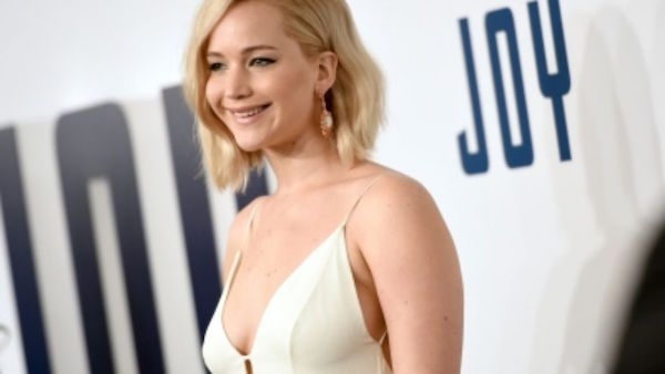 Jennifer Lawrence acts in Joy