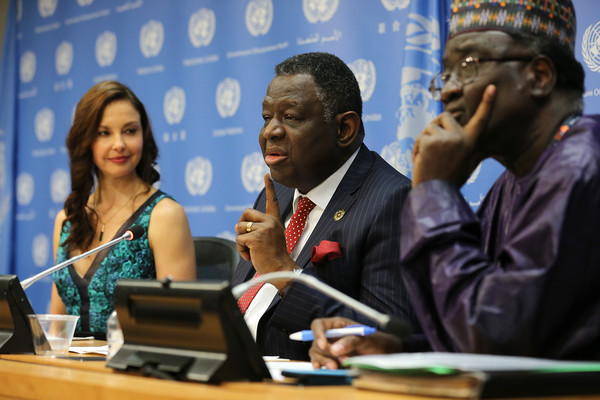 Ashley and UNFPA head Babatunde Osotimehin at the announcement conference