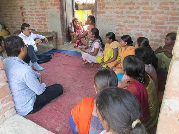 Assisting rural women in ironing out their problems: Akhilesh Tewari and the Sarathi Foundation