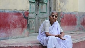 Old women in India