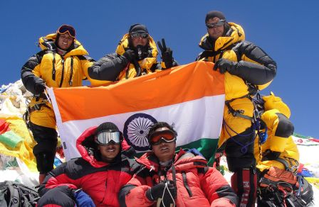 all-woman crew - MT Everest Expedition 2011