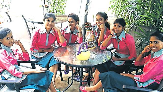 Jamshedpur cafeteria- La Gravitea hired 7 deaf and mute young women