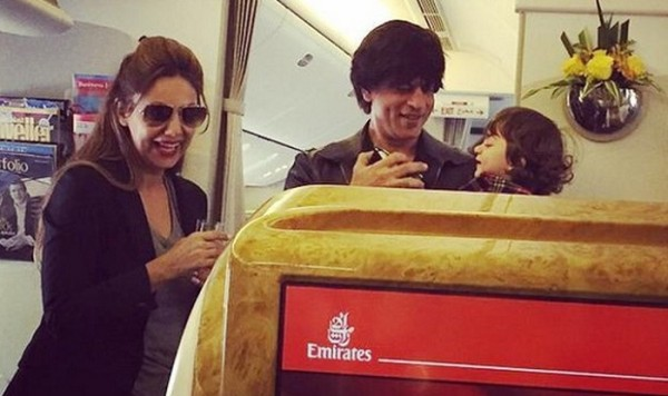 Shah Rukh Khan, Gauir and surrogate son AbRam