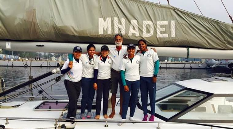 all-women-navy-crew-ready-for-cape-to-rio-yacht-race