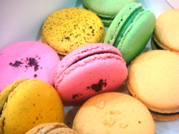 Macarons from Le15