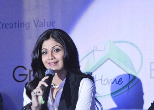 shilpa-shetty-shares-a-workout-video-of-her-mother-in-law