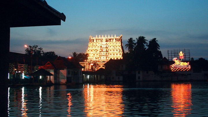 Padmanabha Swamy Temple (pic by Kerela Tourism)