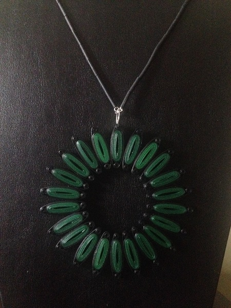 KaagZevar-GreenSun-Necklace