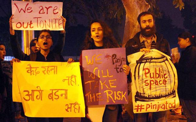 women-protest-ripped-jeans'-ban-at-st-xaviers-college