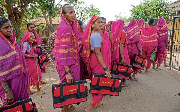 a-school-for-grannies-in-a-maharashtra-village