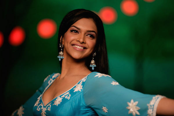 Bollywood debut in Om Shanti Om