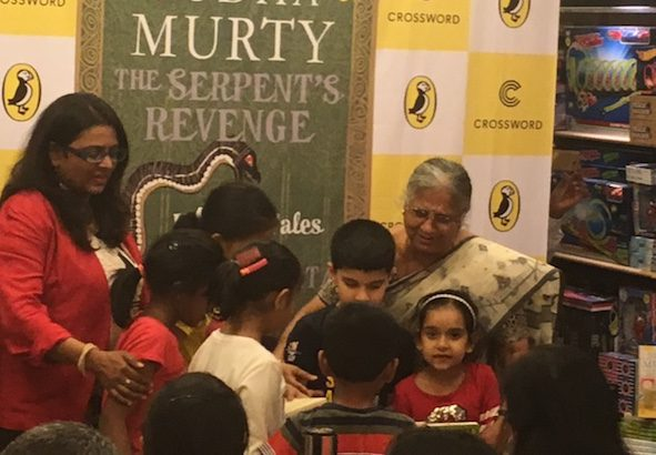 Sudha Murthy with fans