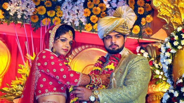 Sakshi Malik, Olympic medalist, gets married to wrestler Satyawart Kadian