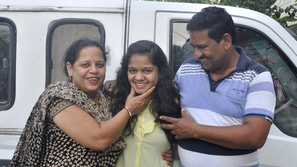 Van Driver's Daughter Scores Full Marks In 10th