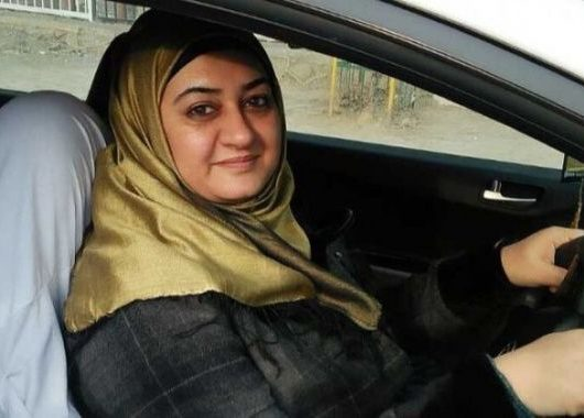 Meet Dr Sharmeen, The First Woman Driver to Take Part in Kashmir's Snow Car Rally