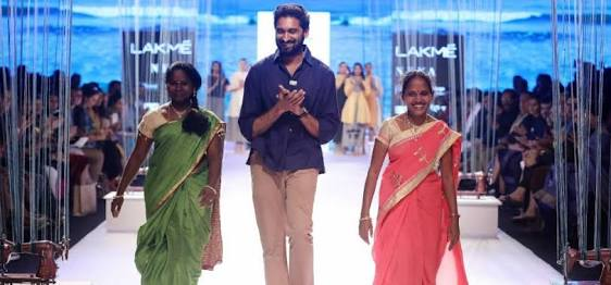 women artisans lakme fashion week