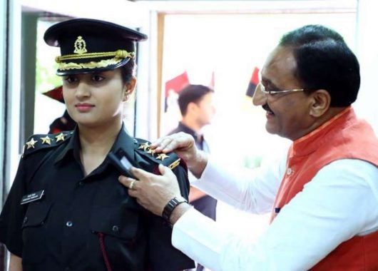 Former CM Daughter Joins Army
