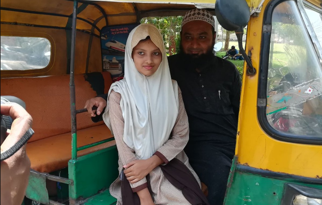 Guj Auto Driver's Daughter scores class X exam