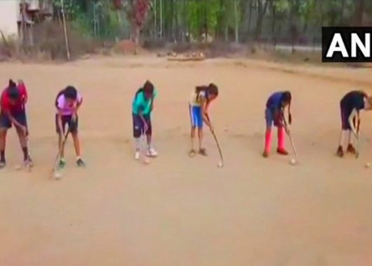 girls-with-hockey-sticks-fighting-naxalism-in-chhattisgarh