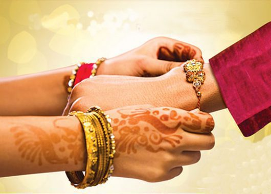 girls-celebrate-raksha-bandhan-by-defying-conventional-norms