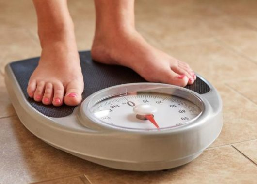 nutritionists-reveal-how-to-beat-weight-gain-at-menopause