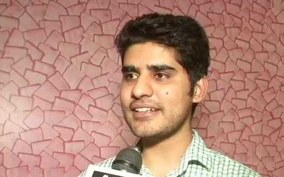 UPSC Topper Thanks Girlfriend