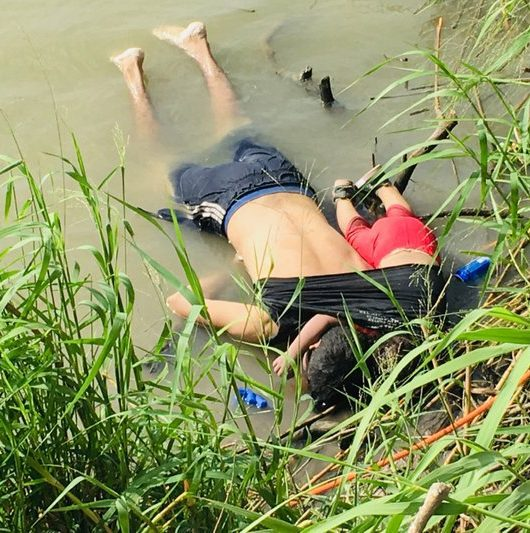 father daughter drown border