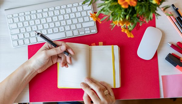 Left Handers Day Myths And Facts About Right Wired People