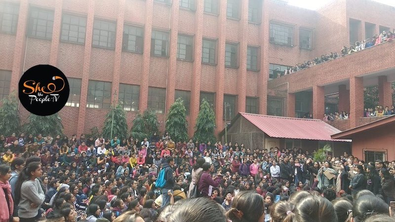 Gargi College Girls harassed, students protest