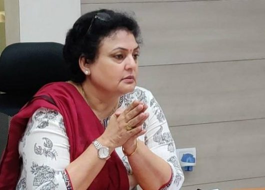 ncw-chief-rekha-sharma-says-congress-should-take-strict-action-against-kamal-nath