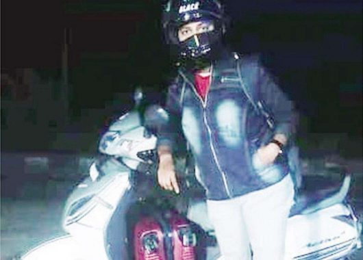 24-year-old-mother-rides-1800-km-on-a-scooter-to-meet-her-son