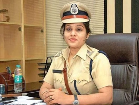 d roopa transferred, D Roopa IPS Officer, IPS Officer D Roopa Moudgil