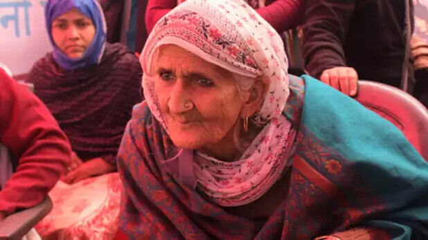 Shaheen Bagh Dadi Bilkis, Dadi Bilkis Release Young Protesters