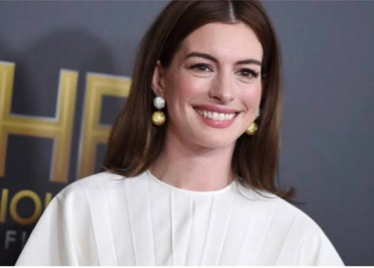 Anne Hathaway name, Anne Hathaway Apologises