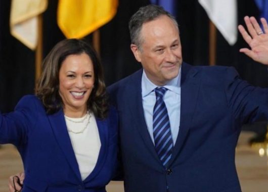 it-felt-like-we-knew-each-other-since-forever:-kamala-harris,-doug-emhoff-on-their-first-date