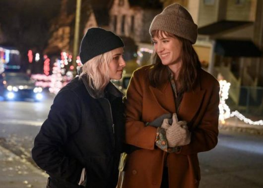 happiest-season-trailer:-a-queer-holiday-romcom-that-promises-to-redefine-the-christmas-magic