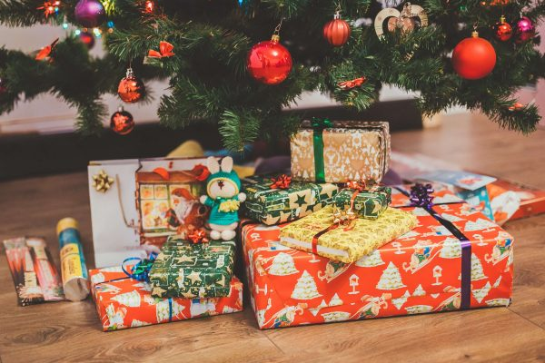 6 Christmas Gifts small businesses