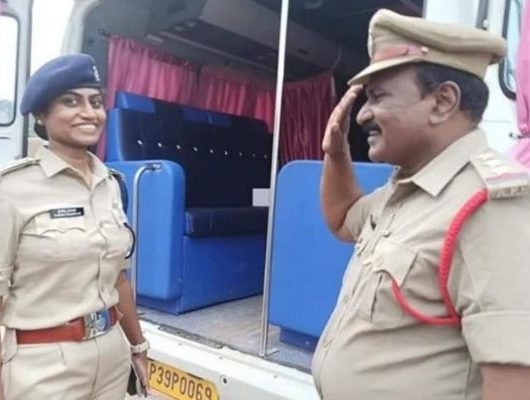 fathers salutes DSP daughter, Father on duty saluting DSP daughter, Jessi Prasanti
