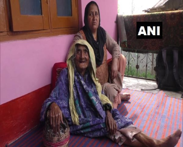 124-year-old woman vaccinated