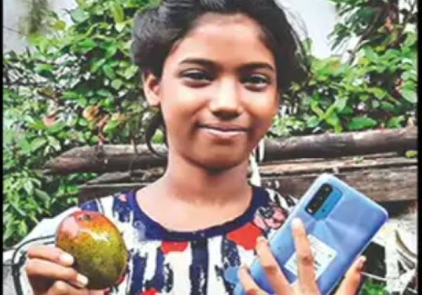 girl sells mangoes for phone, Girl Gets Phone For 12 Mangoes